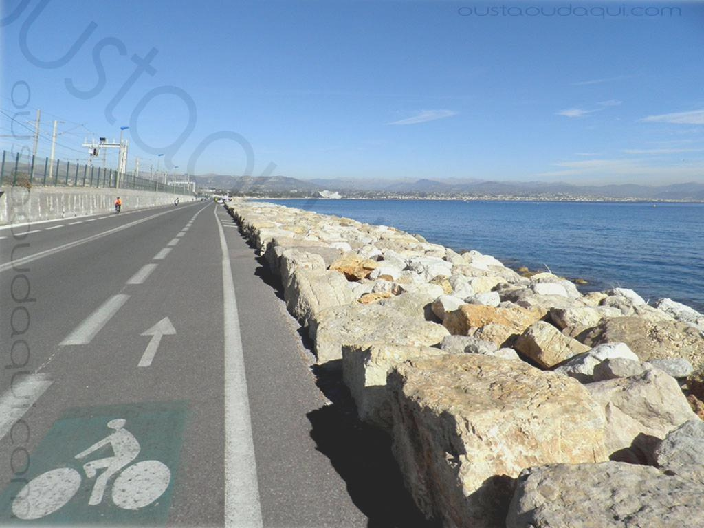 picture taken along the eurovelo-8-16-cannes--nice near Biot