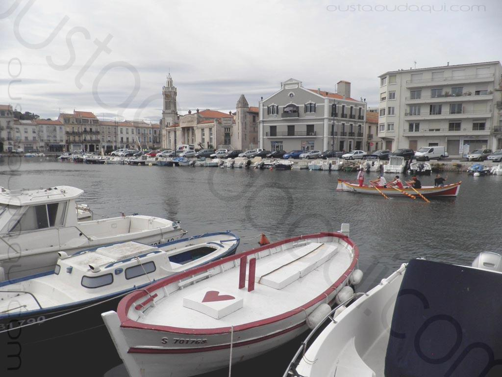 photographie prise le long de l'EuroVelo 8 & EuroVelo 17 (V60B): EuroVelo 8 & EuroVelo 17 (V60B) | Sète - canal de la Peyrade