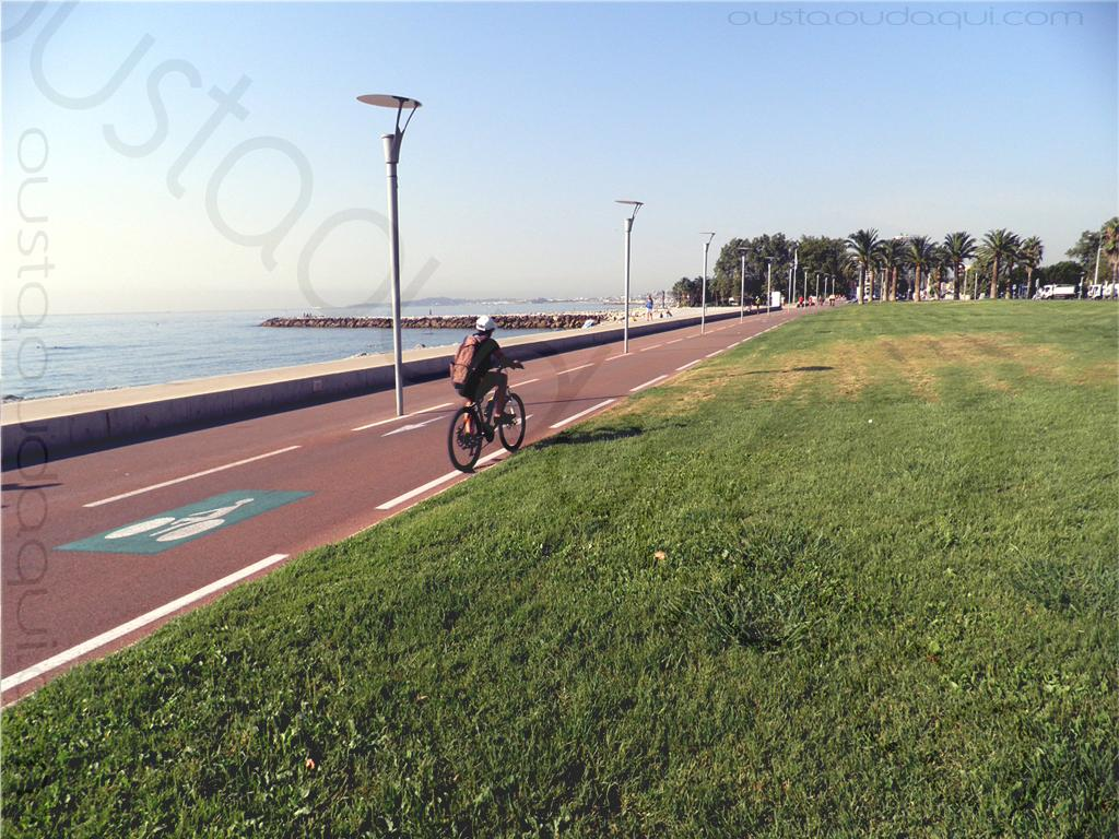 picture taken along the EuroVelo 8 near Cagnes-sur-Mer