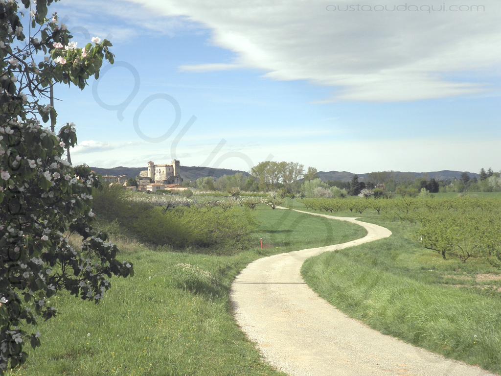 photographie prise le long de l'EuroVelo 17 près de Châteaubourg