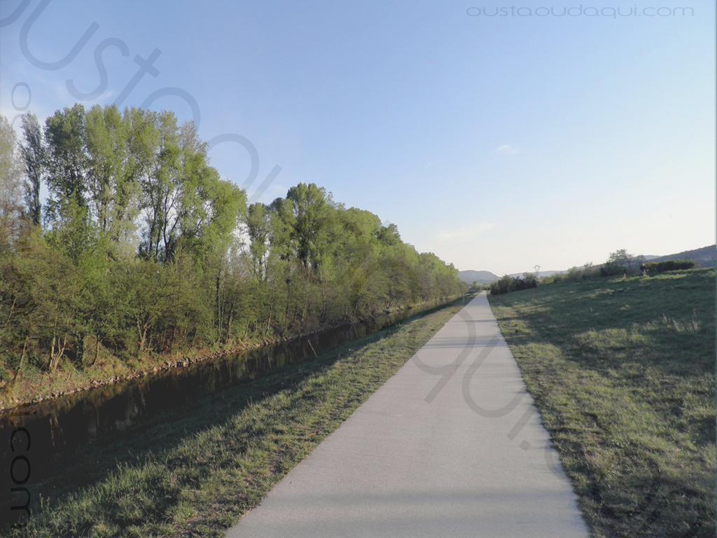 picture taken along the EuroVelo 17 near Meysse