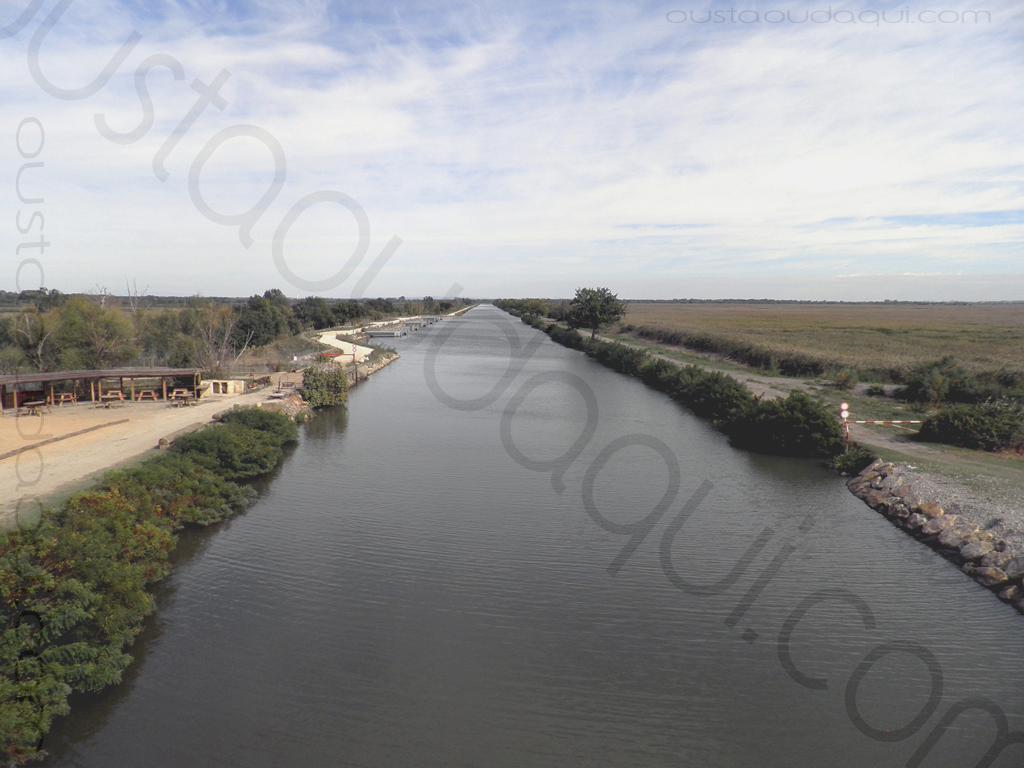 photographie prise le long de l'EuroVelo 8 & EuroVelo 17 (V60B): pont de Franquevaux