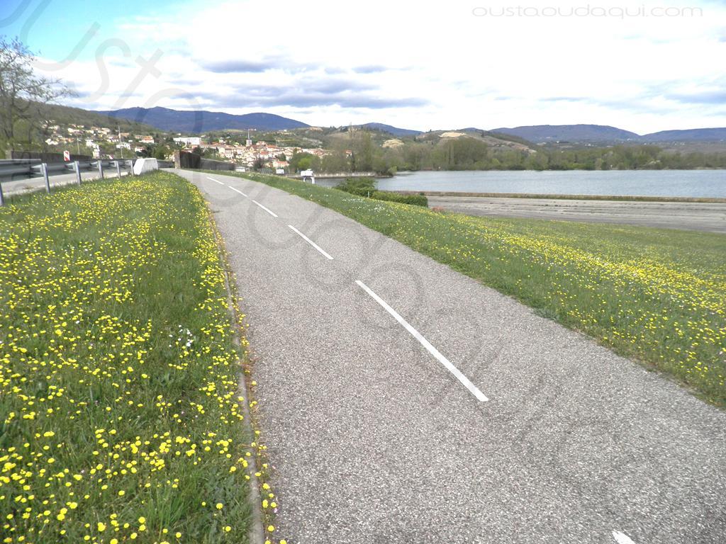 picture taken along the EuroVelo 17 near Saint-Pierre-de-Boeuf