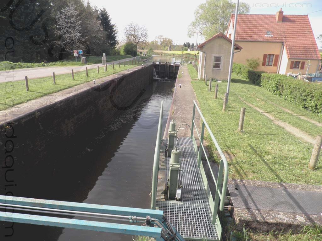 photographie prise le long de l'EuroVelo 6 près de Fontaines